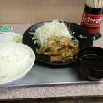 味乃 大久保 - 豚バラ生姜焼き定食 ¥890 (ごはん大盛 ¥160)(161002)