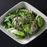 しらすと香り野菜のサラダ