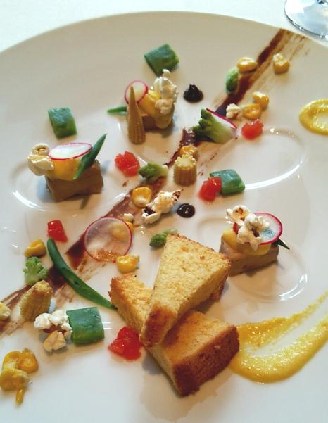 レスプリ ドゥ クゥー ドゥ フランス - 選べる前菜(フォアグラとトウモロコシ)