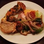トラットリアバール イルピアット - 前菜一例