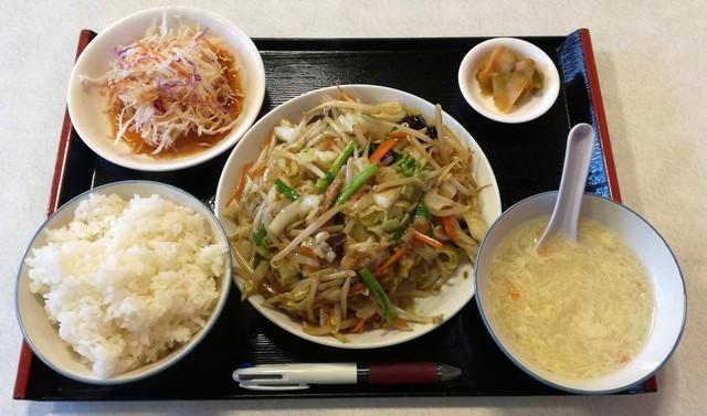 中華薬膳料理 龍盛 - 日替り定食(肉野菜炒め)600円