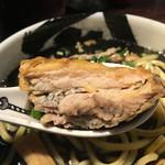 麺屋武蔵 武骨 - こちらの名物焼豚です