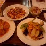 和風・中華居酒屋 龍馬 - しまった、食べきれない!