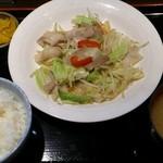 イー ダイニング - 料理写真:野菜炒め定食