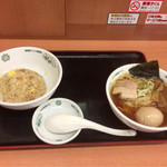 日高屋 - ラ餃チヤセット(550円) +味玉(半額で50円)