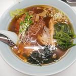 ポパイら~めん華 - 料理写真:ポパイ・ラーメン 970円