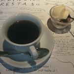 カフェ ジャルディーノ ピッツァリア - 食後のコーヒーとデザート