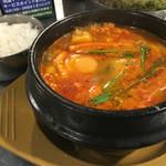韓豚屋 - ランチ_純豆腐チゲ定食¥900-(16:00迄) 2016/10/02(日)15:28訪問