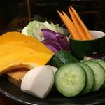 はなたれ - 湘南地野菜盛り合わせ850円