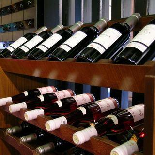 お肉に合う厳選ワインをご用意!