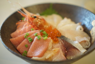 シロクマ食堂 - 海鮮丼1800円