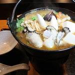 鮨幸 - カキみそ鍋(1500円) 旬のカキを美味しく、温かく召し上がれます。