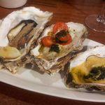 56894181 - 牡蠣の食べ比べ3種盛り1,200円