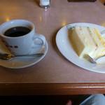 珈琲館 - 料理写真:ブレンドコーヒーとモーニングサービス