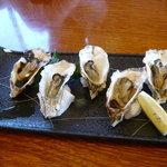 寿し味処 和多栄 - 焼き牡蠣