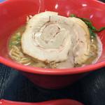 56907300 - 龍王麺¥750!器の口までお湯で割れば、丁度良い加減。