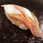 56907364 - 秋刀魚