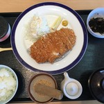 海香亭 - ロースかつ定食