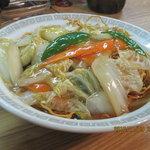 すえちゃんラーメン - バリバリっとした食感が、後を引く味の、あげ焼きそば(皿うどん)です。