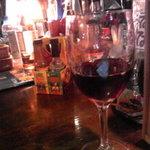 アリオリオ - ワインは、グラス・デカンタ・ボトルいろいろありました。