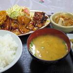 玉喜屋 - 2016年9月 豚焼き肉定食