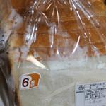 きららベーカリー - 料理写真:6枚切り食パン