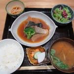 八海山 千年こうじや - 本日の麹をつかったお魚定食 1000円