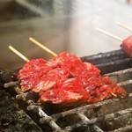 平野屋精肉店 - お肉は炭火で焼きます