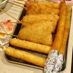 串カツ田中 - 海老・アスパラ・チーズなど