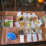 ふくや - 店内の別ケースの季節のお菓子