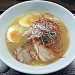 麺ヒーロー - 【鶏白湯味玉らーめん】¥600(オープン記念価格)