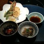 5694209 - 天ぷらと小鉢。