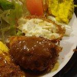 地鶏料理と洋食の店 まっくす - クリームコロッケ 断面