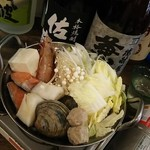 もっつん? - 海鮮鍋1人前950円(仕入れ状況により食材が変わります。)