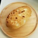 パンジュール - 「焼きカレーパン」160円