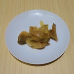 東京風麻婆丼 - ザーサイ