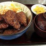 潤 - ソースかつ丼 890円