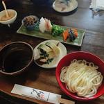 56960294 - おめん  鯖寿司セット