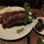 肉酒場 ブラチョーラ - ローストビーフ約800g