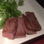 銀座酒場 マルハチ - 宮崎尾崎牛の炙り