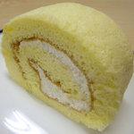 シフォンケーキ Mint - シフォンロール(キャラメル) カットしたところ