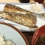 佐久良屋 - 新物秋刀魚塩焼き