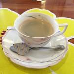 レストラン トロアの森 - 食後はコーヒーだけ (ノ△・。)