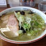 三栄軒 - しお野菜 700円