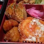 中国菜館 桃の花 - すぶた、海老チリ、揚げ餃子