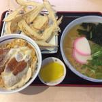 神宮屋 勘助 - うどんとミニカツ丼のセット+ごぼう天