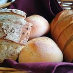 THE GUNJO RESTAURANT - 温かいパンもたっぷり