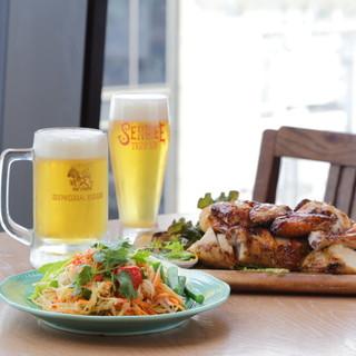タイ王室公認シンハービールと本格タイ料理をお楽しみ下さい。