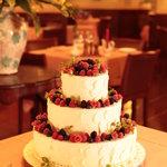 リストランテ・サバティーニ - 御祝いや、記念日にはシェフパティシエのスペシャルドルチェもオーダー可。〔要予約〕