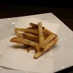 すみたのだいどころ kerasse - おいしい! 美味な味トリュフの香のフライドポテト。